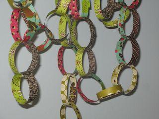 Abdellah's B Day Paper Chain (2)