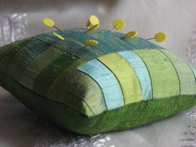 Silk_scrap_pincushion